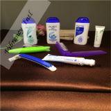 계속된 Bathroom Supplies 또는 Shampoo/Tooth/Comb