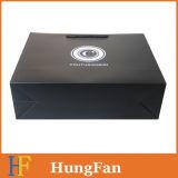 カスタムロゴの黒い印刷の点の紫外線包装の紙袋