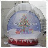 Decoratie van Kerstmis van de Bol van de Sneeuw van de Achtergrond van de kerstboom de Opblaasbare Opblaasbare