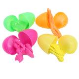 13G grünes Boucing Kitt-Spielzeug im Plastikei
