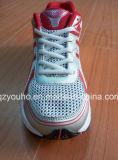 Цветы способа красные для ботинок спорта