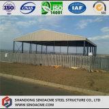 Tettoia aperta della struttura d'acciaio del magazzino chiaro di Peb