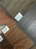 Plancher imperméable à l'eau de PVC de carrelage