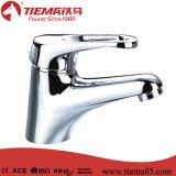 Choisir le robinet de bassin de qualité de traitement