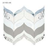 Blatt-geformter Spiegel-Wand-Fußboden-Glasmosaik-Fliesen für Verkauf