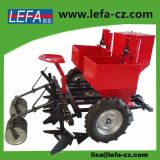 Rubber Tyres (2cm-2)를 가진 트랙터 Double Rows Potato Planter