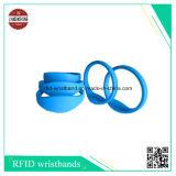Braccialetti del silicone di RFID con il codice differente del laser Qr ed il chip differente