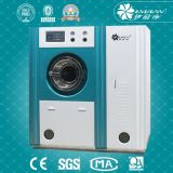 Lavaggio a secco e macchina per lavare la biancheria