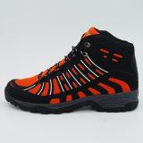 新しいデザイン防水高い移住の靴の屋外スポーツの靴