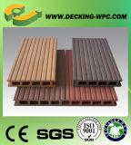 Decking plástico de madera respetuoso del medio ambiente impermeable
