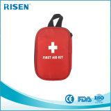 Recorrido completo del cuidado personal usar kit de primeros auxilios