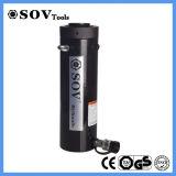 Un cilindro idraulico da 15 tonnellate a semplice effetto (SOV-RC)