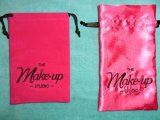 Individuell bedruckte Blank und Red Pull String-Geschenk-Tasche
