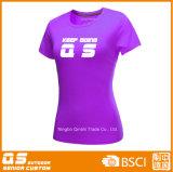 Sport der Frauen, der schnelles trockenes Polyester-T-Shirt laufen lässt