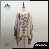 Vêtements modelés par triangle de frange de mode de femmes