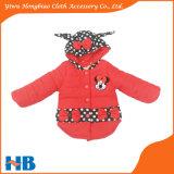 Crianças vermelhas das vendas quentes que vestem a roupa do inverno dos miúdos