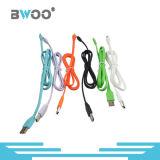 Câble de caractéristiques coloré de micro/foudre USB pour le téléphone mobile