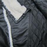 最も新しい様式、サイズと、のどの毛皮のライニングPUの革のジャケット