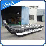Aufblasbares schwarzes Farben-Delphin-Form-Bananen-Boot, aufblasbares Towable Bananen-Boot
