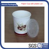 Устранимый бумажный стаканчик логоса с пластичной крышкой крышки
