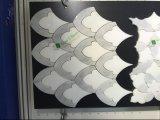 Weiße Carrara-Mischung weiße Thassos Marmorblumen-Form-Wasserstrahlmosaik