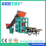 Máquina de fabricación de ladrillo semi auto de la máquina del bloque Qtj4-26 para la venta
