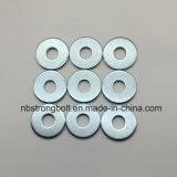 Acier plat de Carnbon de rondelles de taille de DIN9021 Larg avec du Cr galvanisé 3+ M10