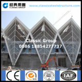 Schönes großes Stahlkonstruktion-Kanal-Gebäude