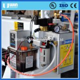 中心4axis 1725木CNCのルーターの切断のフライス盤を処理するEPS