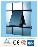 Os perfis de alumínio para Windows e a porta usaram-se