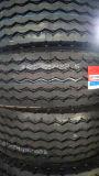 固体タイヤおよび放射状タイヤのデザインによって使用されるトラックのタイヤのタイヤ(385/65R22.5)