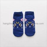 Patten шаржа покрасил сделанные по образцу яркие носки жаккарда