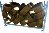 Entrepôt d'enduit de poudre empilant le défilement ligne par ligne de pneu de mémoire de camion