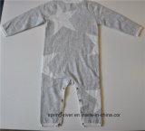 A garganta redonda modelou o Jumpsuit da camisola do Knit dos bebês