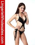 Neuer Entwurfs-Damenhalter-Verband mit Faltenbildung-reizvollem Bikini