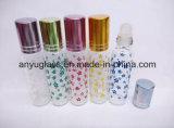 Rodillo de la botella de cristal del desodorisante del cilindro en la botella de perfume