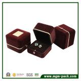 Doos de van uitstekende kwaliteit van de Ring van de Juwelen van het Huwelijk van het Fluweel