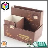 Staccare il coperchio dal contenitore di regalo cosmetico del documento rigido del cartone