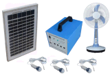El sistema eléctrico casero solar 40W del ahorro de la energía el 100% con el LED enciende ventiladores y las televisiones