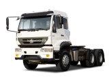 트랙터 트럭을 운전하는 Sinotruk 상표 6X4
