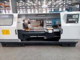Macchina del tornio del paese dell'olio di CNC di taglio del filetto di tubo del foro di asse di rotazione 225mm (QK1322)