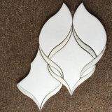 Le mattonelle di mosaico Waterjet di marmo bianche di Thassos per le decorazioni domestiche