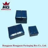 Rectángulo de madera del punto culminante azul abierto del doble para la joyería