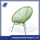 Pec03卵の形の金属フレームが付いている屋外のPEの藤の椅子