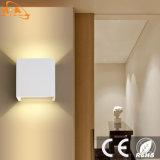El buen calor disipa la luz montada en la pared al aire libre de aluminio del LED