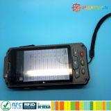 HUAYUANスマートな860-960MHz Android4.4.2の手持ち型の無線電信UHF RFIDの読取装置