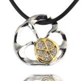 De charmante Halsband van de Bloem met Speciale Bladvormige Kubieke Halsband Zircon