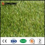Sunwingの庭の装飾30mmの合成物質の草のカーペットの芝生