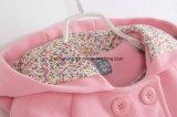ピンクの女の子の`Sの綿ダクトコート