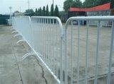高品質のプラスチック水によって満たされる道の障壁